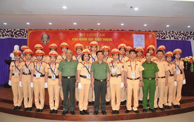 Lực lượng CSGT quyết tâm đảm bảo an toàn tuyệt đối cho Tuần lễ cấp cao APEC 2017 ảnh 4