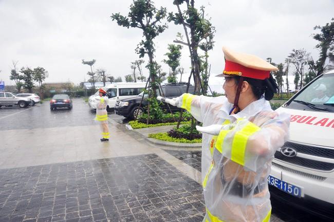 Lực lượng CSGT quyết tâm đảm bảo an toàn tuyệt đối cho Tuần lễ cấp cao APEC 2017 ảnh 5