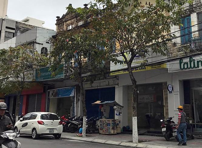 Ngôi nhà số 51 Nguyễn Thái Học (màu vàng) của ông Phan Văn Anh Vũ từng được gia đình ông Hồ Ánh ở và sinh hoạt