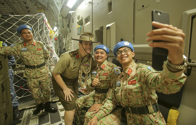 Chùm ảnh: Máy bay Australia đưa cán bộ Bệnh viện Dã chiến Cấp 2 số 2 của Việt Nam đến Nam Sudan ảnh 10
