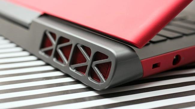 Đánh giá laptop Dell Inspiron 7000 ảnh 5