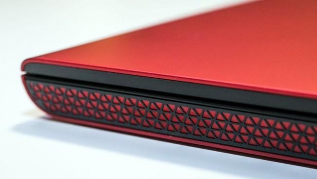 Đánh giá laptop Dell Inspiron 7000 ảnh 6