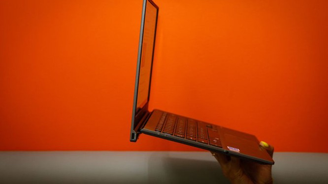 Đánh giá laptop Asus Pro B9440 ảnh 3