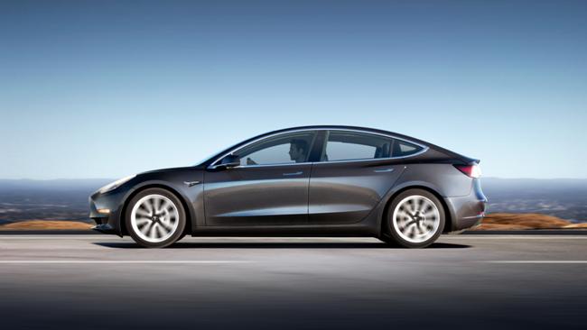 Những đối thủ cạnh tranh tiềm năng của Tesla Model 3 ảnh 3