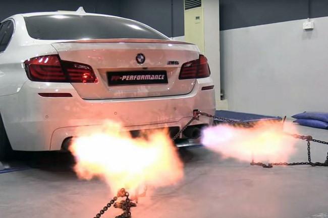 """Video: BMW M5 độ 785 mã lực """"khạc lửa"""" trong bài test Dyno ảnh 1"""