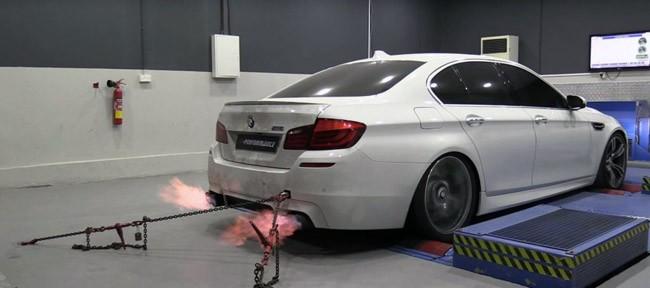 """Video: BMW M5 độ 785 mã lực """"khạc lửa"""" trong bài test Dyno ảnh 2"""