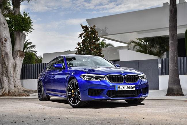 BMW M5 thế hệ mới chính thức ra mắt – chiếc BMW nhanh nhất trong lịch sử ảnh 2