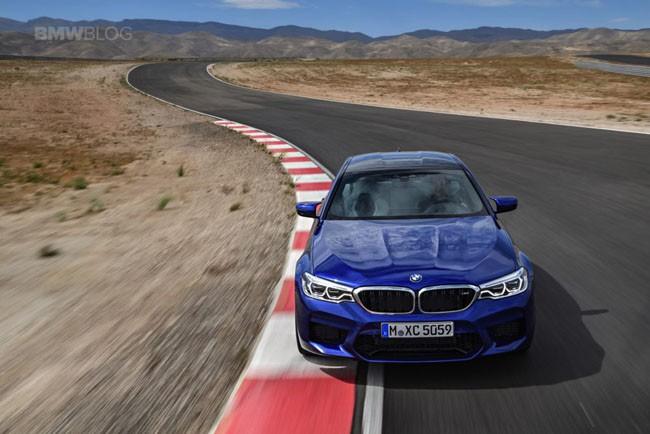 BMW M5 thế hệ mới chính thức ra mắt – chiếc BMW nhanh nhất trong lịch sử ảnh 3