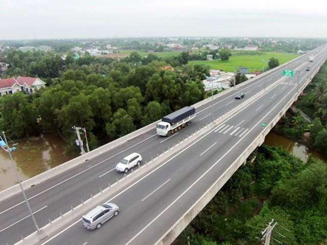 Bắt cán bộ Tập đoàn Yên Khánh nghi trốn thuế tuyến cao tốc TP.HCM–Trung Lương