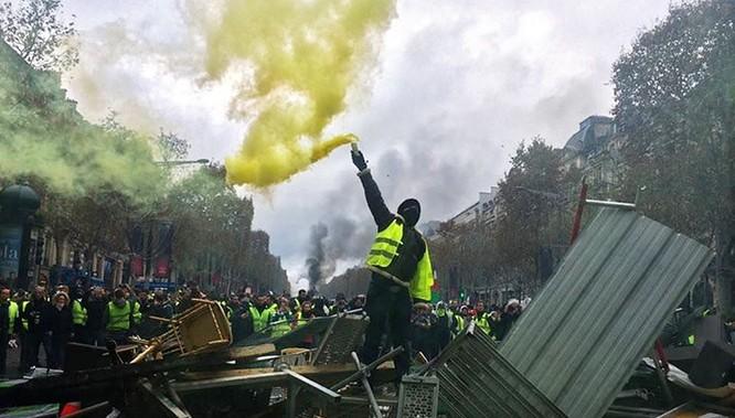 Các cuộc biểu tình chiếm lĩnh sân khấu chính trị thế giới năm 2019 ảnh 3
