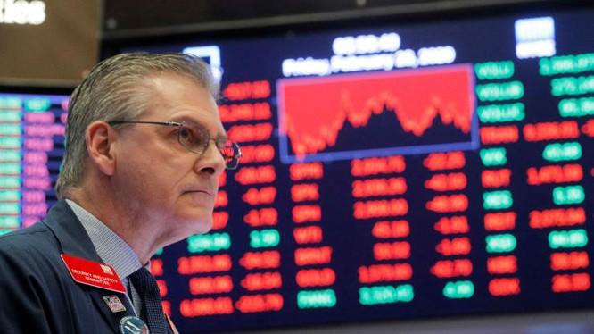 Ván cược chính trị của ông Trump khi mở cửa lại nền kinh tế Mỹ ảnh 2