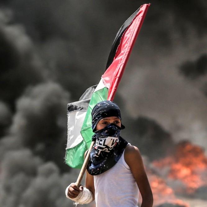 Tiến sĩ Terry Buss: Tại sao Israel và Arab xung đột liên miên? ảnh 1