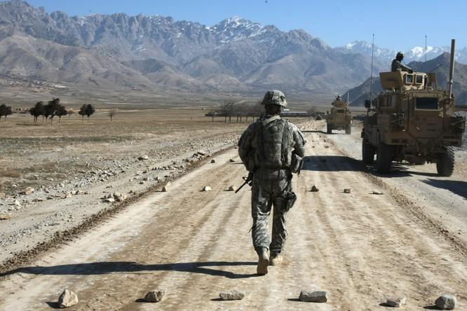 """Tiến sĩ Terry F. Buss: Afghanistan có thể trở thành """"vườn ươm"""" khủng bố toàn cầu ảnh 4"""