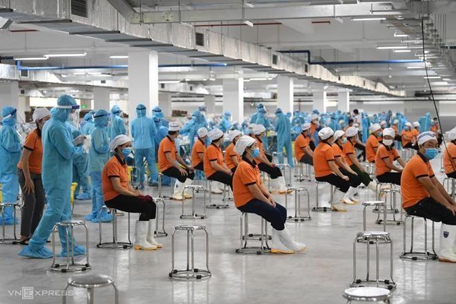 """Lộ trình nào để Việt Nam tiến tới """"sống chung với virus""""? ảnh 5"""