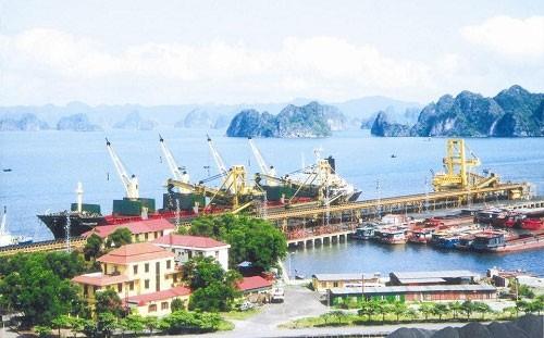 ập đoàn T&T của ông Đỗ Quang Hiển dự định bỏ 500 tỷ đồng mua gần 100% cổ phần Cảng Quảng Ninh