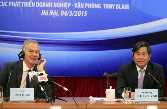 Bộ trưởng Bùi Quang Vinh cùng ông Tony Blair chủ trì hội thảo