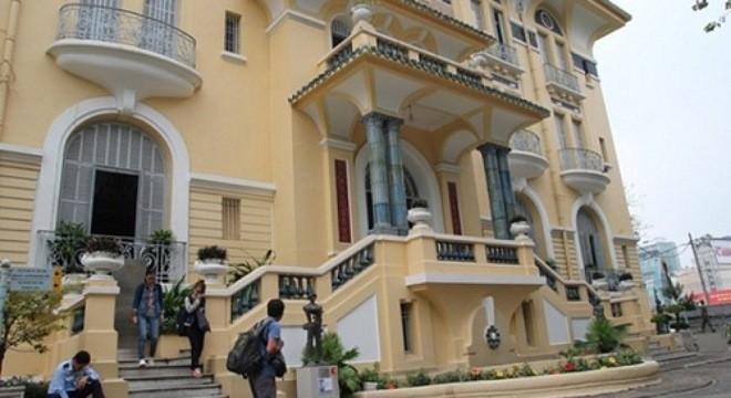 Bảo tàng Mỹ thuật thành phố Hồ Chí Minh vốn là dinh thự chính của chú Hỏa