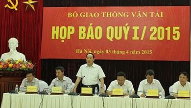 hứ trưởng Nguyễn Hồng Trường trả lời báo chí xung quanh các vụ việc được nhiều người quan tâm.