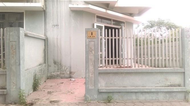 Hàng trăm ngôi biệt thự cũng trong tình trạng tương tự bỏ hoang