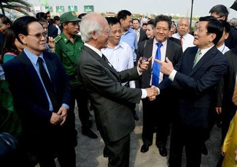 Chủ tịch nước Trương Tấn Sang gặp gỡ Việt kiều.