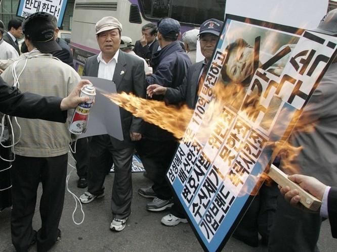 """Cuộc chiến thừa kế và chuyện """"thâm cung bí sử"""" của đế chế Samsung ảnh 13"""