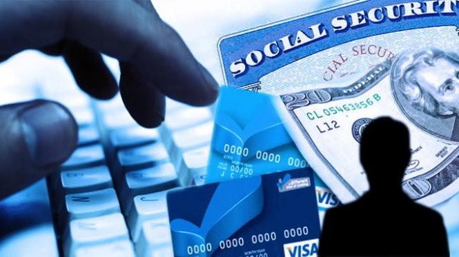 Tá hỏa vì không xài mà thẻ tín dụng vẫn bị trừ tiền ảnh 2