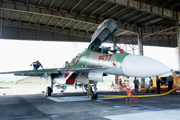 Việt Nam nhận thêm lô tiêm kích Su-30MK2 đầu tiên trong năm 2015 ảnh 1