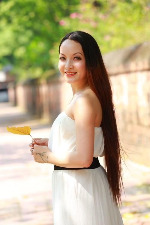 Người đẹp Linh Nga: Anh Thuyết bị bắt, dư luận đổ lên đầu tôi rất nhiều thứ tội ảnh 4