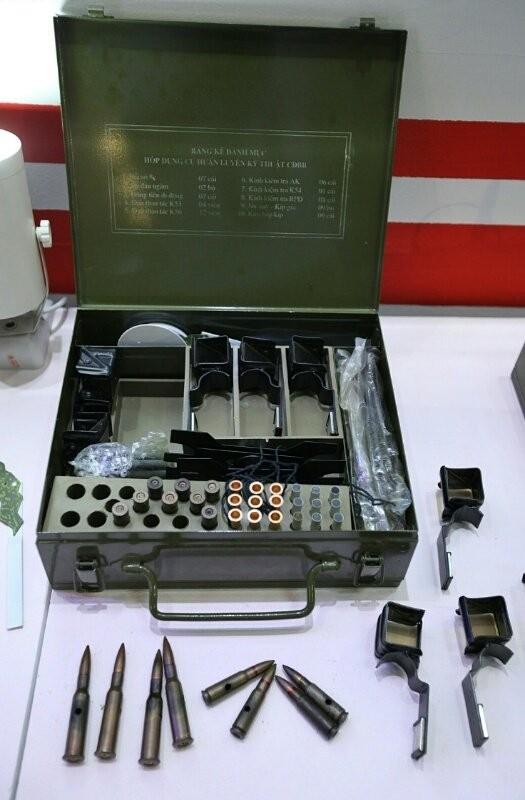 Việt Nam lần đầu phô diễn nhiều vũ khí, trang bị hiện đại sẵn sàng chiến đấu ảnh 4