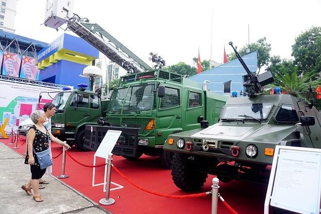 Việt Nam lần đầu phô diễn nhiều vũ khí, trang bị hiện đại sẵn sàng chiến đấu ảnh 27