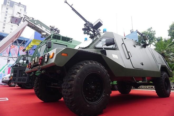 Việt Nam lần đầu phô diễn nhiều vũ khí, trang bị hiện đại sẵn sàng chiến đấu ảnh 29