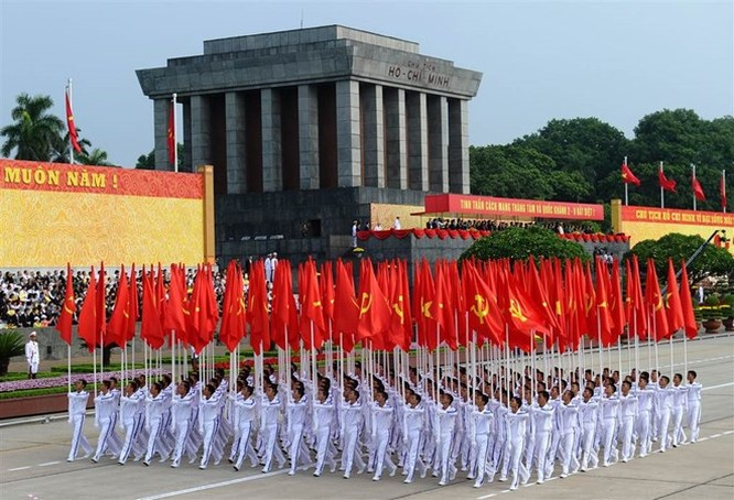Lễ diễu binh hoành tráng mừng Quốc khánh Việt Nam trên báo chí quốc tế ảnh 10
