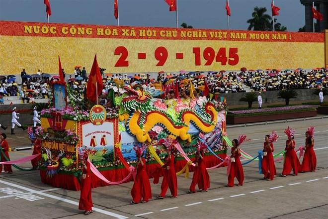 Lễ diễu binh hoành tráng mừng Quốc khánh Việt Nam trên báo chí quốc tế ảnh 7