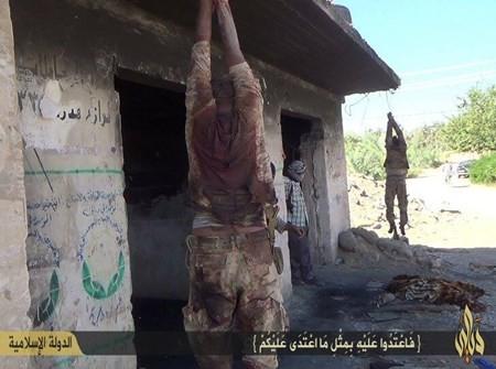 Rùng rợn cuộc sống bên trong lãnh thổ nhóm khủng bố Nhà nước Hồi giáo ảnh 34