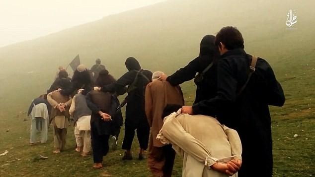 Rùng rợn cuộc sống bên trong lãnh thổ nhóm khủng bố Nhà nước Hồi giáo ảnh 45