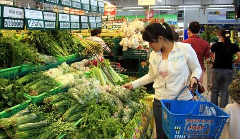 Xăng giảm 10 ngàn/lít, hàng tiêu dùng, thực phẩm vẫn tăng giá? ảnh 2