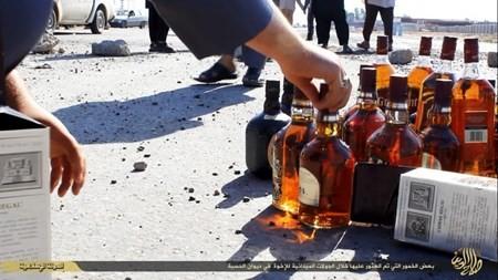 Rùng rợn cuộc sống bên trong lãnh thổ nhóm khủng bố Nhà nước Hồi giáo ảnh 67