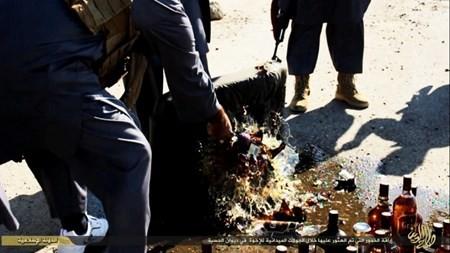 Rùng rợn cuộc sống bên trong lãnh thổ nhóm khủng bố Nhà nước Hồi giáo ảnh 68
