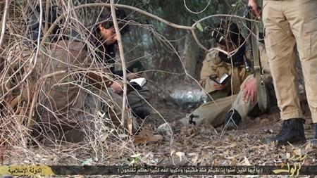 Rùng rợn cuộc sống bên trong lãnh thổ nhóm khủng bố Nhà nước Hồi giáo ảnh 51