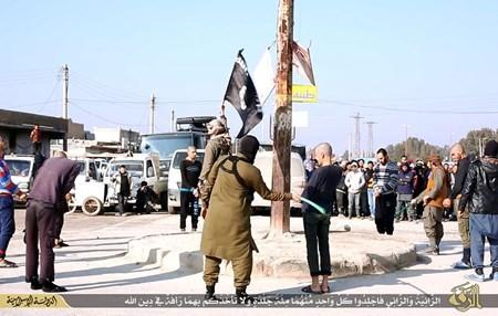 Rùng rợn cuộc sống bên trong lãnh thổ nhóm khủng bố Nhà nước Hồi giáo ảnh 77