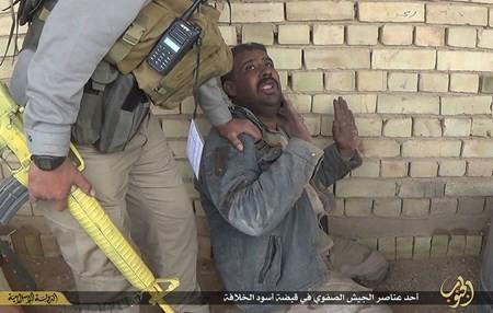Rùng rợn cuộc sống bên trong lãnh thổ nhóm khủng bố Nhà nước Hồi giáo ảnh 76