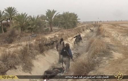 Rùng rợn cuộc sống bên trong lãnh thổ nhóm khủng bố Nhà nước Hồi giáo ảnh 90
