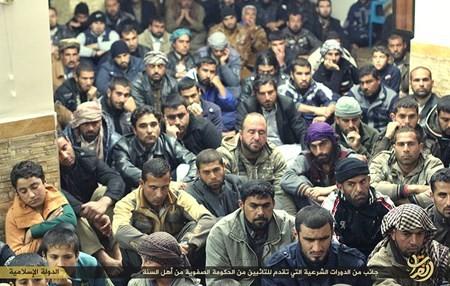Rùng rợn cuộc sống bên trong lãnh thổ nhóm khủng bố Nhà nước Hồi giáo ảnh 57