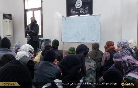 Rùng rợn cuộc sống bên trong lãnh thổ nhóm khủng bố Nhà nước Hồi giáo ảnh 55