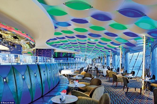 Bên trong khách sạn đế vương tỷ đô, xa xỉ nhất thế giới ảnh 15