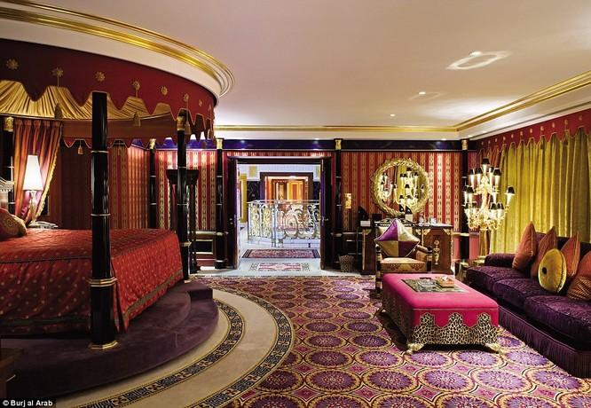 Bên trong khách sạn đế vương tỷ đô, xa xỉ nhất thế giới ảnh 7