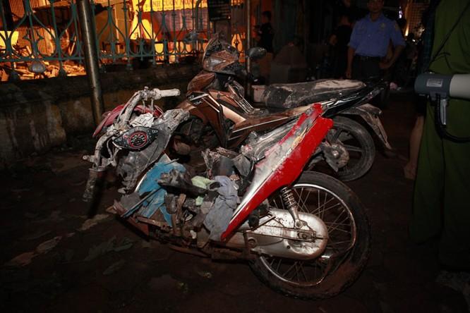 35 nhân viên thoát chết kỳ diệu trong vụ sập nhà cổ 107 phố Trần Hưng Đạo ảnh 7