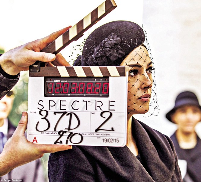Người đẹp Bellucci thủ vai Lucia Sciarra
