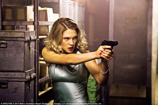 Hậu trường bộ phim bom tấn kỷ lục Điệp viên James Bond mới ảnh 5