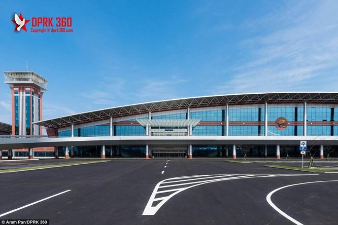 Khám phá bên trong sân bay mới hiện đại nhất Triều Tiên ảnh 10